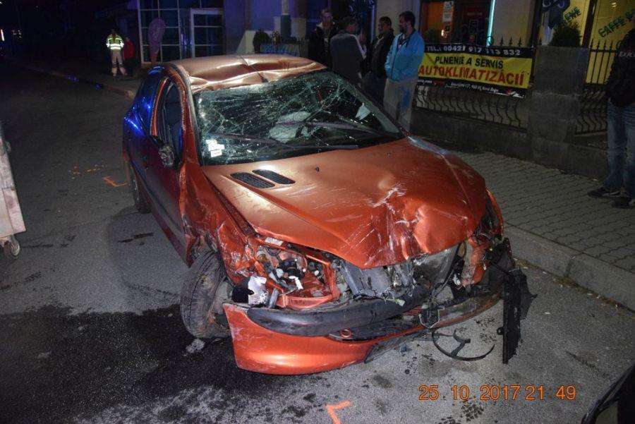 Za volantom sedel vodič s viac ako dvomi promile alkoholu, foto 1