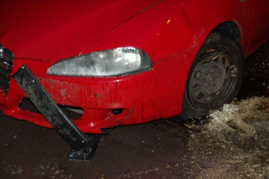 Mladý Banskobystričan šoféroval s dvomi promile, na alkohol doplatil pri prejazde kruhového objazdu, foto 2